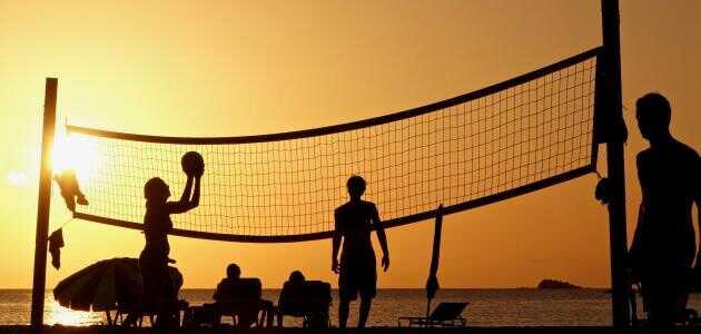 كرة الطائرة وفوائدها